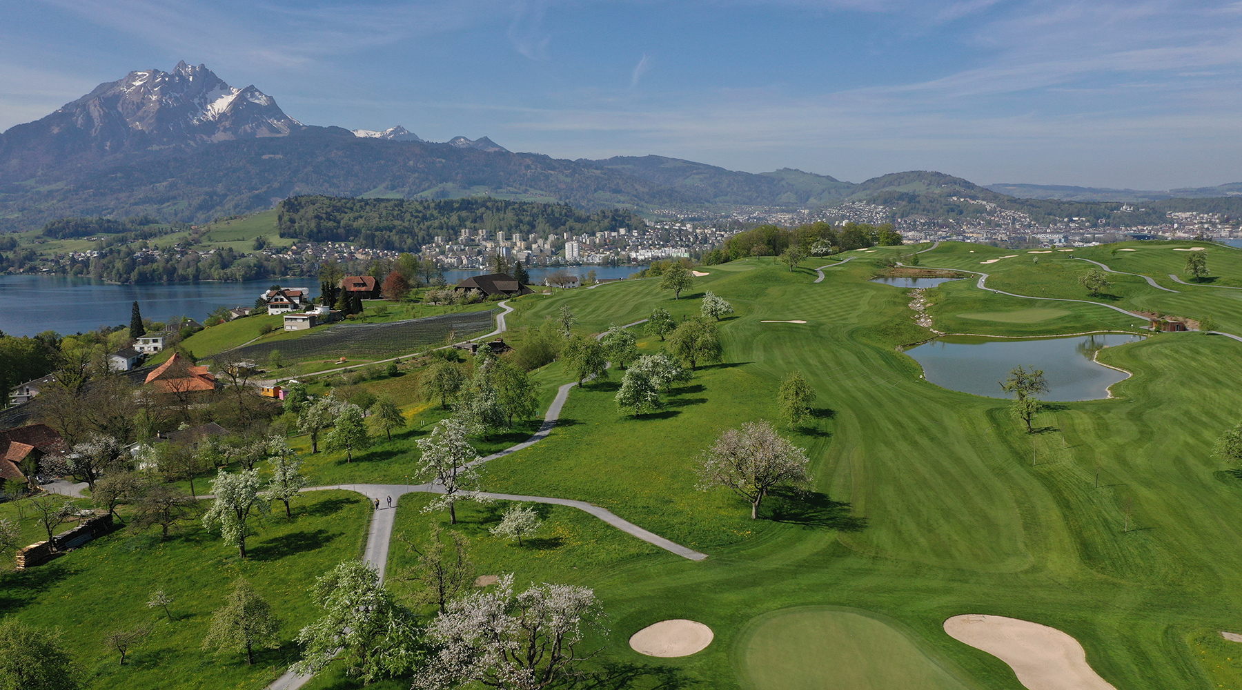 <span class='cycle-icon GOLFING'></span><span class='cycle-title'>GOLFING</span><span class='cycle-subtitle'>In front of the imposing panorama of the Pre-Alps with a magnificent view of the world-famous Lake Lucerne</span>